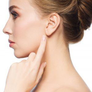 Estetski tretmani korekcije ušiju – otoplastika
